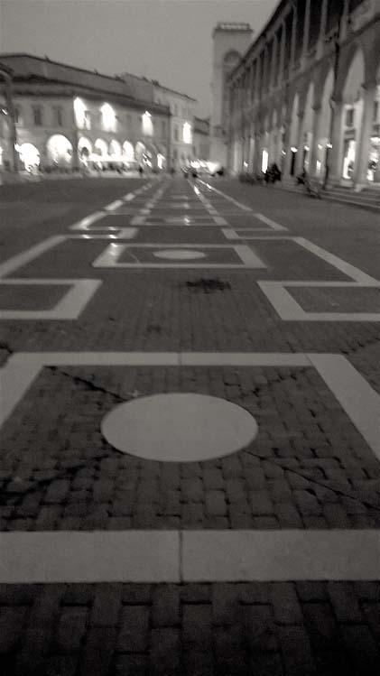 piazza b/n